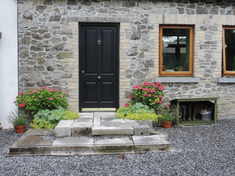 Stay on an Organic Farm in Ireland's Ancient East. Daingean, County Offaly.